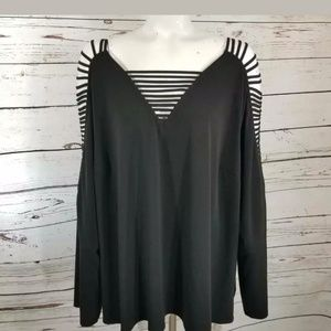 CATO Black Blouse cut out V-neck 26 / 28 W